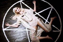 Model/ Hollywood Actress TAYLOR MOMSEN during a photo shoo