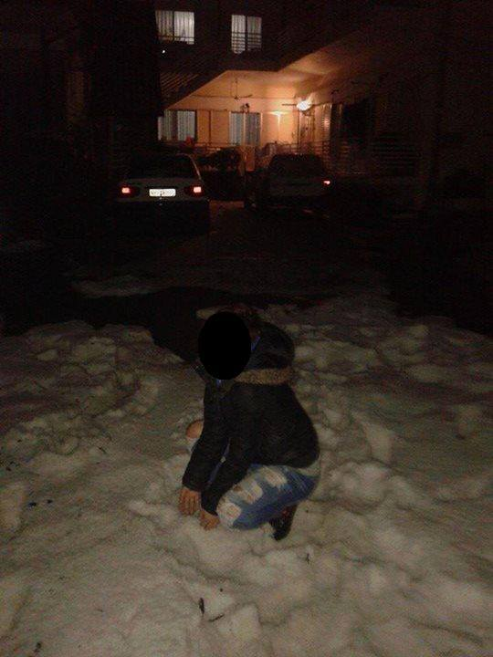 A spectacular hailstorm hit Skýdra, Pélla, Greece last Sunday. Though the largest hailstones measured only 1 cm across, it produced a 10 cm thick accumulation of hail.  Source: ESWD