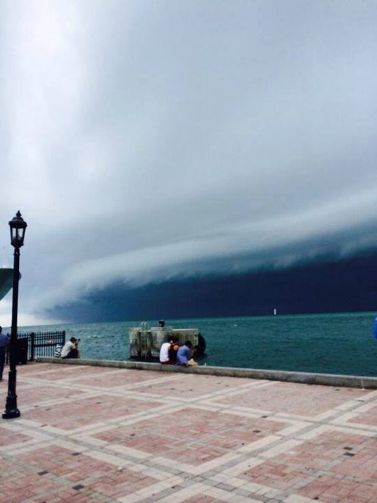 3-6-2014: Another shot of the phenomenal shelf cloud on the severe storm line (tornado warned) crossing Florida.  Image: Buzzfeed storm via. Stavros Kesedakis
