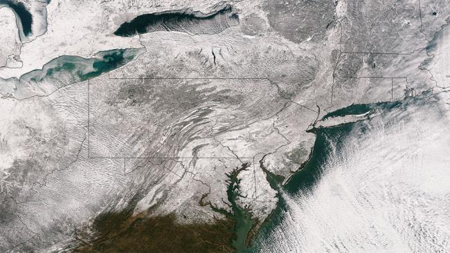 1-03-2014: Winter Storm Hercules (in Greek mythology, Hercules is the son of Zeus and famous for his strength) brought heavy snow and bitterly cold air to the Midwest and northeastern portion of the U.S. just in time to ring in the New Year of 2014.