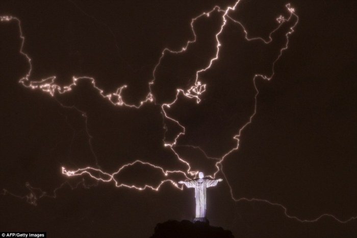 A bolt of lightning damaged the Christ the Redeemer statue that towers over the city of Rio. 1-14-2014