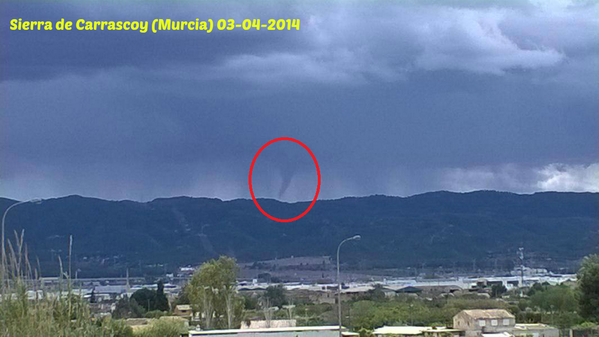 4-3-2014: Funnel cloud in Murcia, south Spain this afternoon. Photo: Jose Kilost Source: @MeteOrihuela
