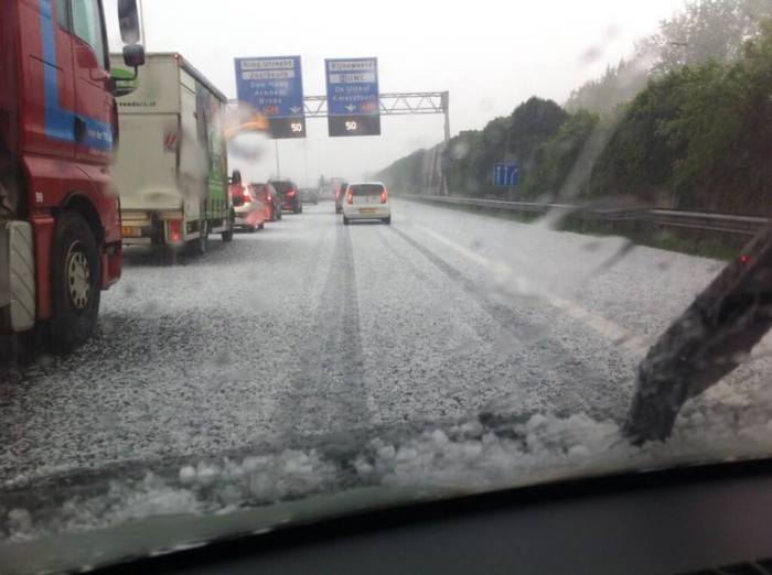 4-24-2014: Accumulated hail along the motorway near Utrecht, Germany this afternoon. Erik Jan via twitter @ejvz3101