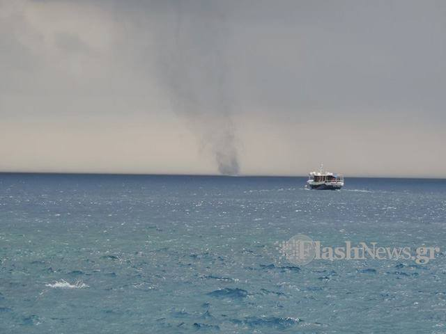 4-27-2014: tornadic waterspout reported in Loutro in the island of Crete, Greece this afternoon. Photo: George Papavasileiou