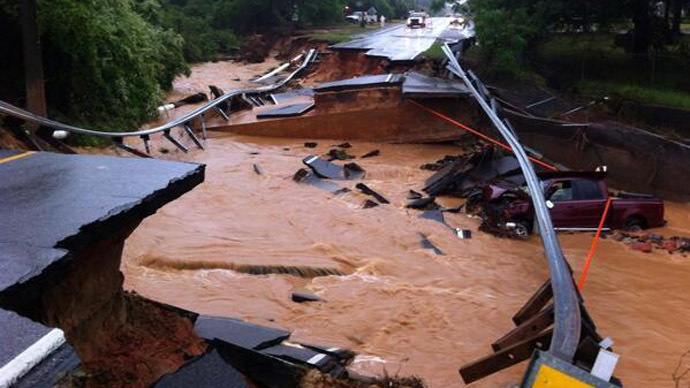 4-30-2014:  As a deadly weather front continued to make its way across the Southern United States late Tuesday and early Wednesday, both Florida and Alabama were struck with severe flooding that's left at least one person dead. According to the Associated Press, rainfall in the Florida Panhandle – especially the area around Pensacola – and the coast of Alabama has been relentless, dropping well over a foot of rain in both states. Houses have been flooded to the point where residents have had to seek higher ground, and overflowing roads have stranded drivers waiting to be picked up by rescue squads. In Pensacola, where 15-20 inches of rain fell in a one-day period, at least one woman has been reported dead due to driving in perilously high waters. Florida Gov. Rick Scott has declared a state of emergency in 26 counties.