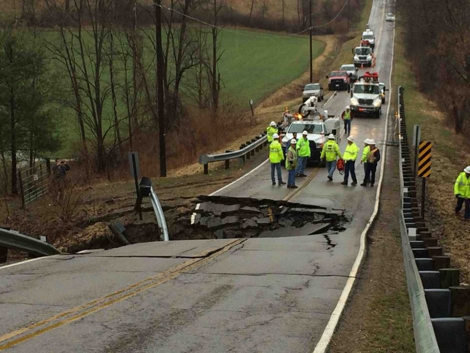 4-4-2014: Ohio - sinkhole on South York Road.