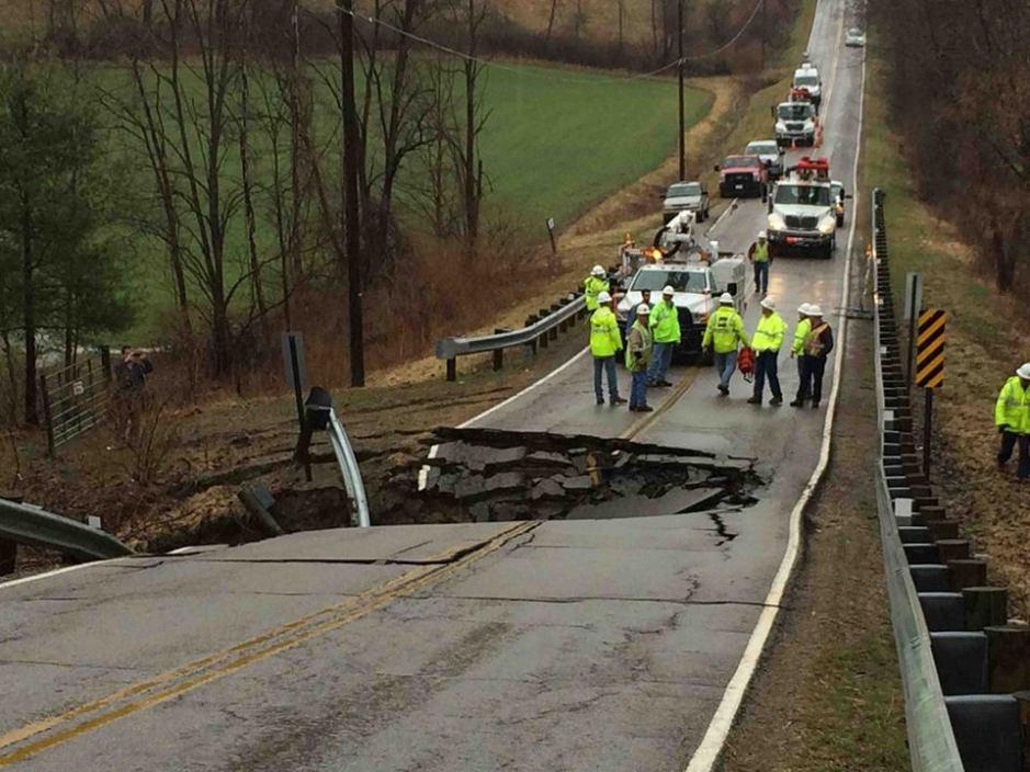 4-4-2014: Ohio - sinkhole on South York Road.