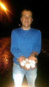 4-20-2014: Large hail with hailstones up to 4 cm in diameter was reported in Yavuzeli, Turkey yesterday afternoon.  Source: European Severe Storm Database (http://www.essl.org/cgi-bin/eswd/eswd.cgi)