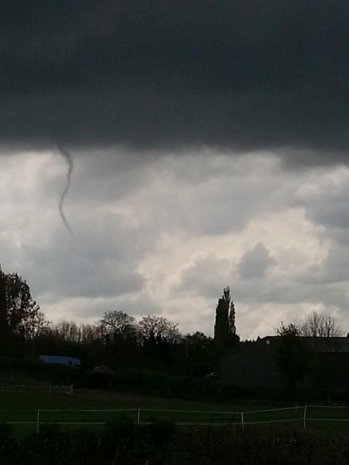 4-24-2014: Funnel cloud spotted near Harpenden, UK this afternoon. Source: BBC Weather via twitter @bbcweather