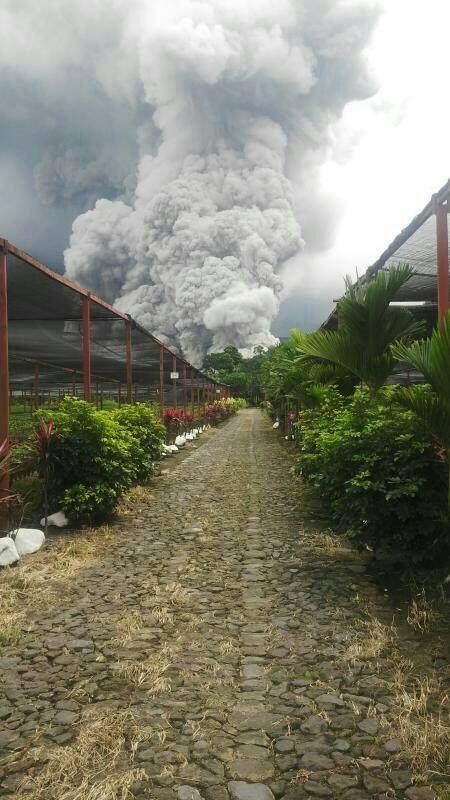 5-9-2014: Santiaguito Volcano eruption in Guatemala. (Conred and Natanael Temaj)