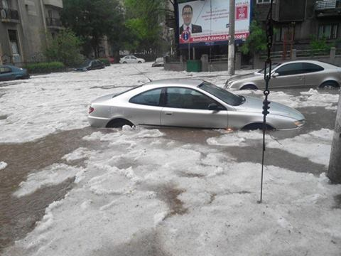 5-5-2014: hail and flash flooding in Bucharest, Romania caused by a severe supercell thunderstorm. Source: 4tuning.ro