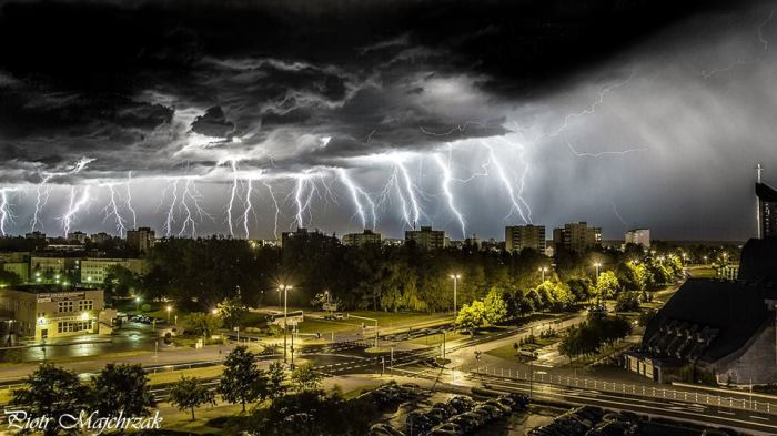 6-8-2014: A composite image of spectacular lightning strikes in Koszalin, Poland. Source: Piotr Majchrzak