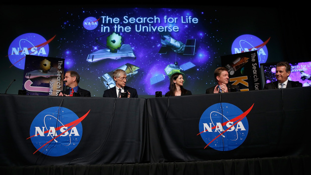 7-15-2014: NASA predicts that 100 million worlds in our own Milky Way galaxy may host alien life, and space program scientists estimate that humans will be able to find life within two decades.