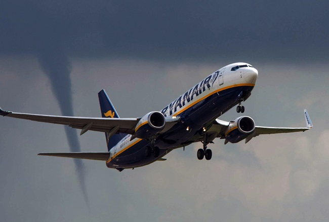 Photo credit: Paul King/Alamy The United Kingdom is home to many things: Proper tea, well-made automobiles and the perpetual need for rain boots. But, tornadoes aren't exactly something most people would associate with the island nation. That said, one photographer captured a stunning image of funnel cloud behind an airplane departing from East Midlands Airport on August 14, 2014. The airport, which is located in the central part of the country, was buffeted by gusty winds and heavy rains earlier in the week.