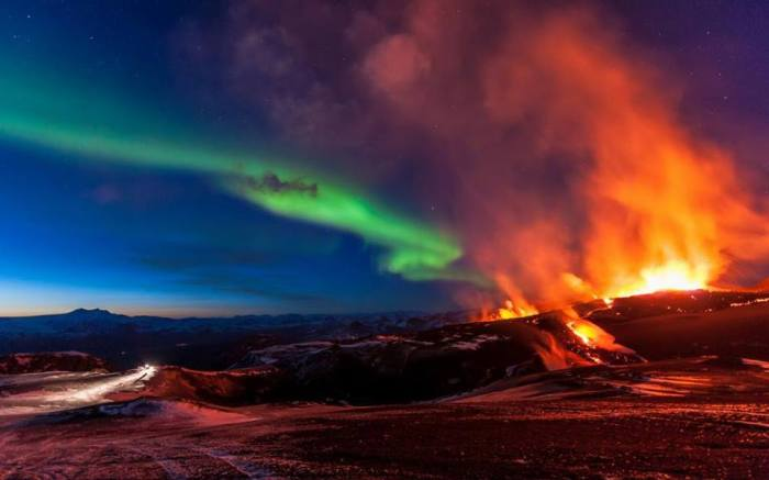9-12-2014: Aurora display above the erupting volcano in Iceland. Source: Kristinn R. Kristinsson Aurora Addicts Anonymous Reed Timmer: Meteorologist and Extreme Storm Chaser WetterOnline