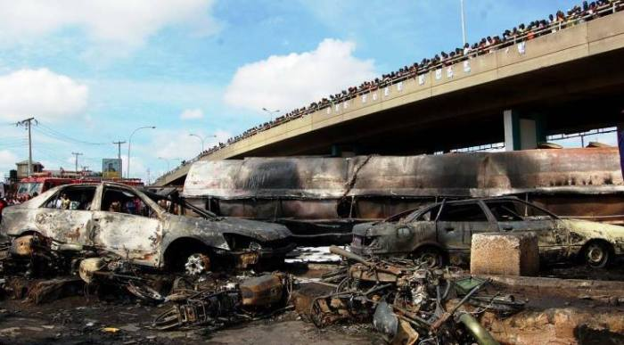 10-13-2014: No fewer then 15 people including a mother and two of her children were said to have lost their lives after a fully loaded petrol tanker exploded at Molete Bridge in Ibadan, the Oyo State capital.